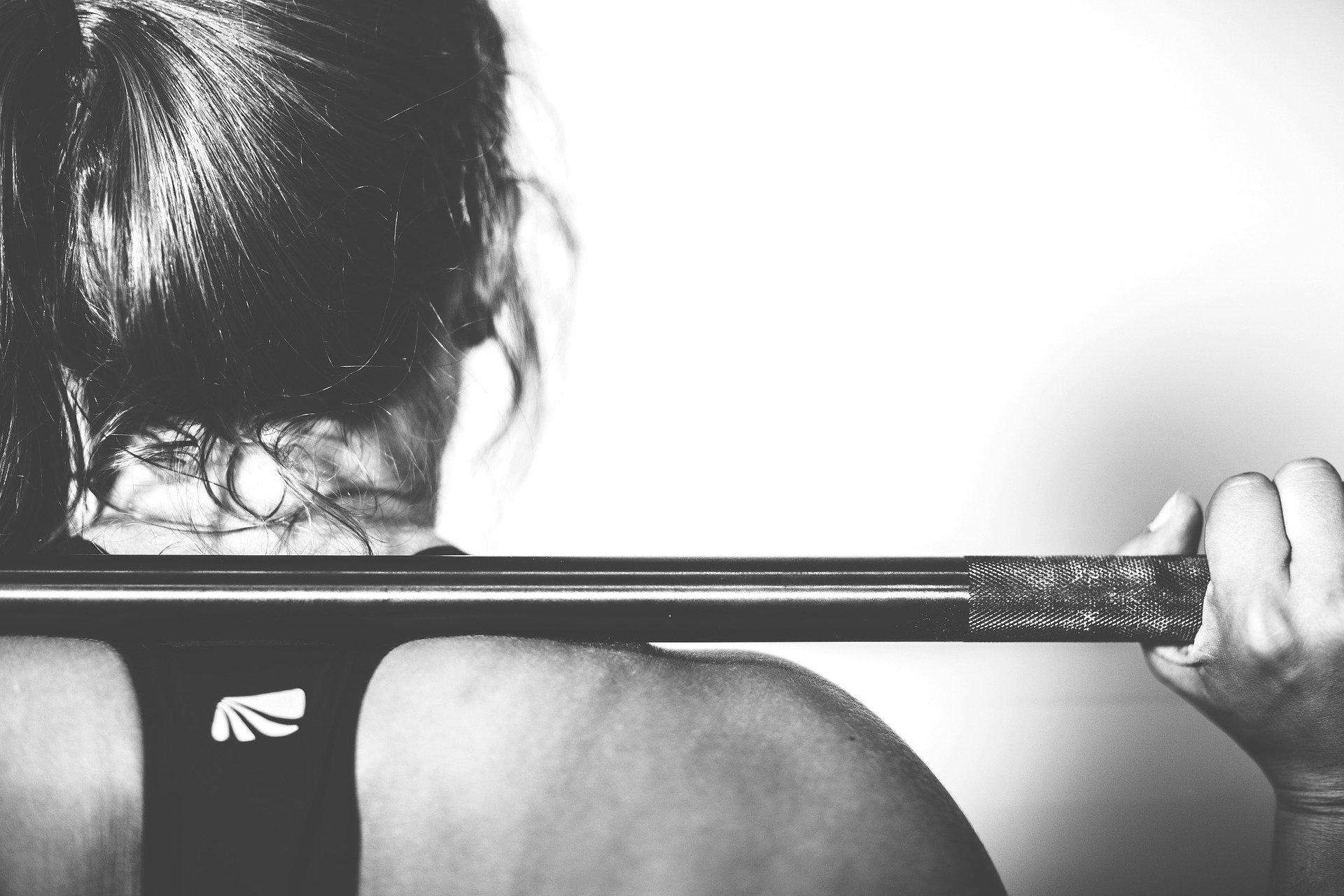 entrenamiento de fuerza en la mujer